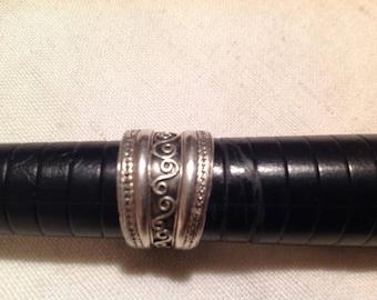 Sterling Silver. Stamped, vintage ring