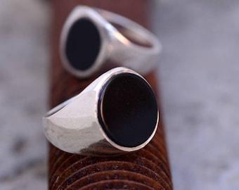 Round Onyx Ring-Black Onyx Ring-Onyx Ring-Onyx Signet Ring-Men's Black Onyx Ring-Signet Ring-Men Signet Ring-Women Signet Ring-MJ