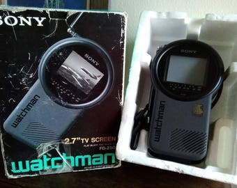 """1990 SONY FD-250 Flat Black and White 2.7"""" Screen TV Portable Television Vintage Electronics"""