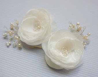 Confetti Pearl Hairpins, silk flower, floral bobby pin duo,  bridal accessories, wedding Hairpins