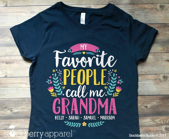 my favourite grandmother Her name is lourdes morcillo and she is from badalona she has got four children and one of them is júlia's mother and obviously lourdes is júlia's grandmother she lives in a big house in banyoles.