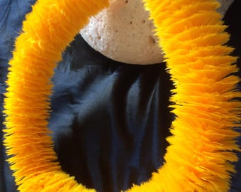 Lei Hulu Wili Poepoe Feather Lei 1 inch cut, 22 inches long with Ilima Golden Yellow Goose Feather
