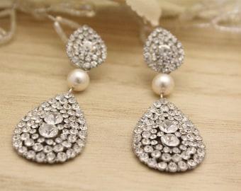 Chandelier Wedding Eaarings Crystal earrings dangle Bridal earrings pearl earrings drop Bridesmaid earrings Crystal Rhinestone earrings comb