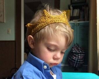 knitted baby/child's crown: newborn, 1st birthday, little prince
