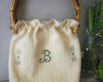 Vintage hand Embroidered B purse handbag ... Bamboo handles ... indie hipster preppy Hand made