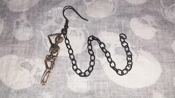 Hangman's Legacy ear-to-nose or ear-to-lip chain