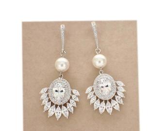 Art Deco earrings, pearl bridal earrings, bridesmaid gift, cubic zirconia, chandelier earrings, wedding jewelry, cz earrings, bridal jewelry