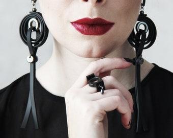 Earrings rubber - Black Earrings - Contemporary Jewelry- Lons Earrings- Piercing - Unusual Earrings