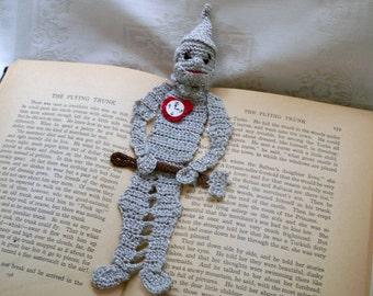 crochet bookmark pattern: tin woodman of oz, wizard of oz DIY, thread crochet pattern, shadow box art diy, tin woodsman crochet instructions