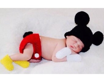 Mickey Mouse Newborn Set (Diaper Cover, Booties, Mitts, and Hat)