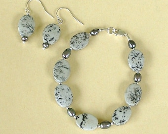 Black and Gray Dendritic Jasper and Silver Freshwater Pearl Bracelet and Earring Set by Carol Wilson of Je t'adorn
