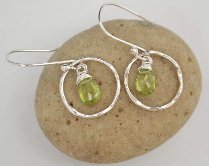 Peridot earrings, Peridot jewelry, August birthstone, Birthday Jewelry, Gemstone earrings, Handmade gemstone, Dangle earrings, Silver