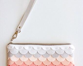 Felt Zipper Pouch Wristlet Wallet Colorful Bags Luxury Wool Bag Wristlet Pouch Zipper Bag Zipper Wallet Ombre Bag Red Handbag