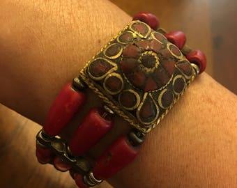 Antique-Finished Red/Gold Beaded Bracelet