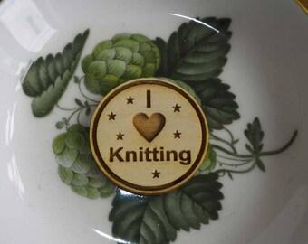 Wooden Brooch badge I heart I love knitting, I heart l love crochet