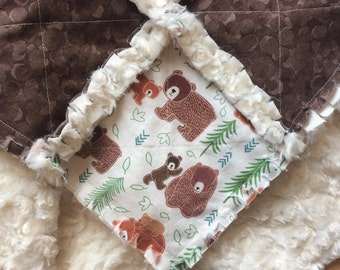 7 piece woodland gift set: creamy, super soft fluffy minky gender neutral baby rag quilt lovey with 6 matching wash cloths