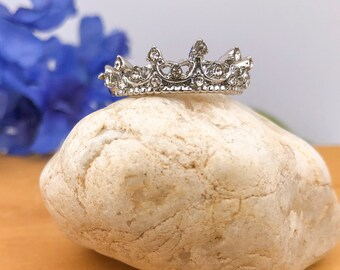 Tiara Princess Sterling Silver Ring Size 6