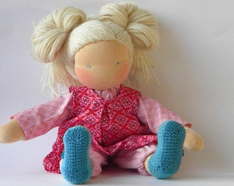 Patterns and tutorial for making a 12 inch or 16 inch dress up waldorf doll