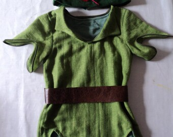 Peter Pan tunic and feathered cap ADULT SIZE