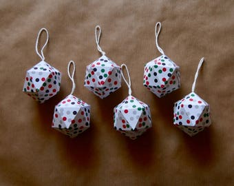 6 Christmas paper balls - Green and red dots