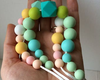 Chewing Necklace / Baby teething necklace for Mom and Baby Gift -/ 2 colors/teething toy for baby/ special nacklace for feeding mommy