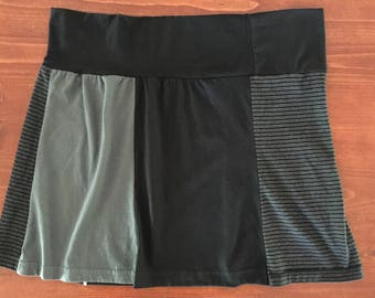 Black and Gray T-Shirt Skirt, Size XL