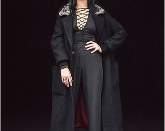 Coat Original coat Winter coat Coat for medium temperatures Made to order Womens warm coat Wool coat Coat with patch pockets Long wool coat