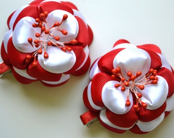 Kanzashi fabric flowers. Set of 2 pieces. Red, white