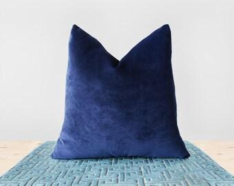 Taie d'oreiller en velours bleu foncé velours marine coussins bleu nuit coussin coussin Indigo luxe velours bleu marine oreiller lombaire toutes les tailles de 24 x 24