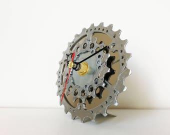 Bike gear clock, bicycle gear clock, gift for boys, gift for him, cassette clock, sprocket clock, bike clock, bicycle clock