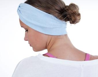 Enveloppe de la tête de Turban Routine beauté étroit en tissu éponge bleu poudre
