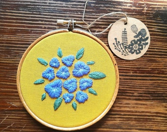 Hand Embroidered Hoop - 4 inch hoop - Flowers and Leaves