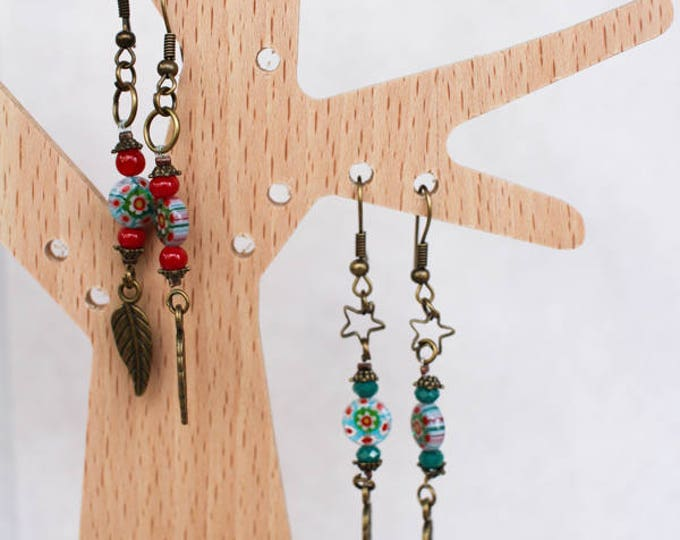 Pierced ear Bohemian inlaid glass bead green and red, primer openwork Fran and brass, gift for her
