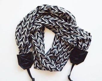 Scarf Camera Straps Photographer Gift  Comfortable 2018 | USA Handmade  |  Super Soft Stretch Cute Knit Scarf  Spring Break Travel