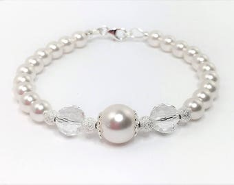 White Swarovski Pearl and Crystal Bracelet Wedding Jewelry Swarovski Elements White Pearl Bridal Adjustable Bracelet Mother of the Bride