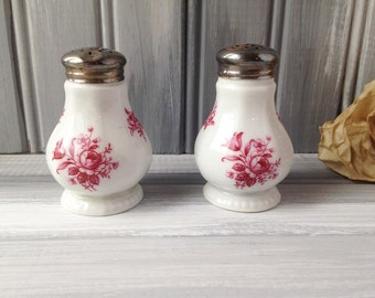 Bavaria China Salt and Pepper Shakers / China Shakers / China Tableware / Red Flowers / China Salt and Pepper / Red Salt and Pepper
