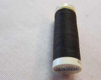 Sewing thread Brown n 769 Gütermann 100% polyester