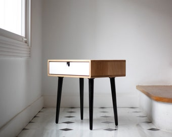 Wood nightstand / Bedside Table,  Scandinavian Mid-Century  Style with 1 or 2 drawers, made of oak wood