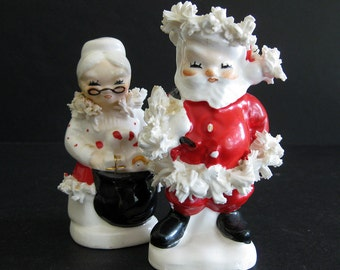 Vintage Napco Santa and Mrs. Claus Salt and Pepper Shakers - Christmas Collectible