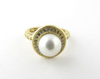 Vintage 14 Karat Yellow Gold Cultured Pearl and Diamond Ring Size 5.75 #1204