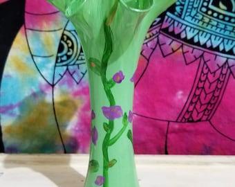 English Tea Rose Flared Vase - Flower Vase - Vintage Inspired