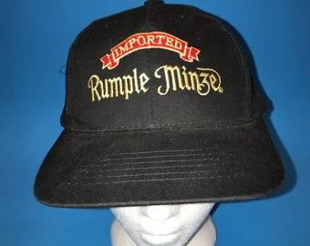 Vintage Rumble Minze Strapback hat 1990s Rum liquor