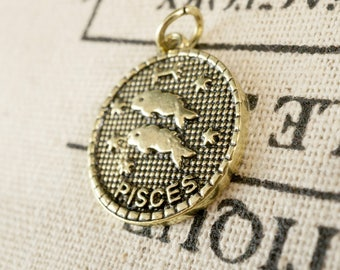 Zodiac Pisces charm gold vintage style pendant jewellery supplies C228
