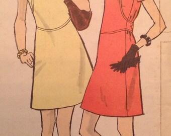 Vintage Vogue 7761 Mod Dress