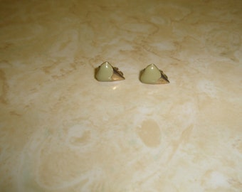 vintage clip on earrings goldtone olive green enamel small