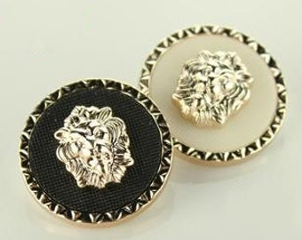 6 Pcs 0.59~0.98 Inches Korean Black/White Gold Lion Plastic Shank Buttons For Coats Sweaters