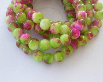 105 Green mottled glass beads B140