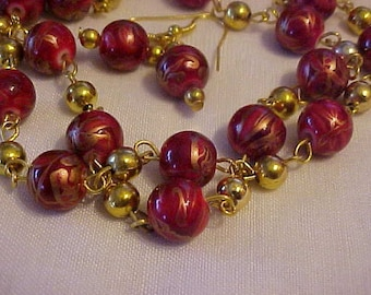 Gorgeous RED GLASS BEAD Necklace w/Matching Earrings--Beads Swirl in Shades of Red and Gold--Findings are Gold-Tone w/Little Gold-Tone Beads