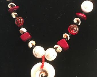 I'm so Pretty in Shells Necklace Earrings Bracelet