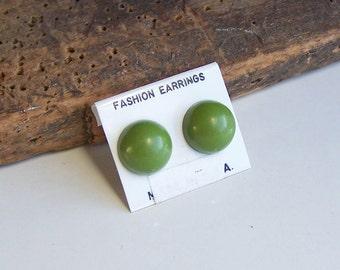 Plastic Earrings, Green Earrings, New Old Stock Earrings, 1980's Earrings, Post Earrings, Etsy, Etsy Jewelry, Vintage Earrings